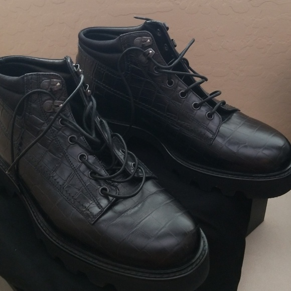cb6917d1889 Emporio Armani Other - Emporio Armani Mens boots.
